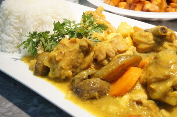 chicken - curry - sauce - Nigerian - 9jafoodie - gravy