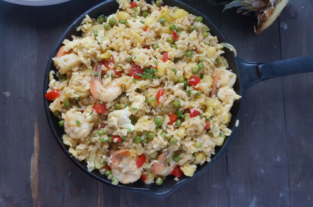 pineapple brown fried rice eggs shrimps