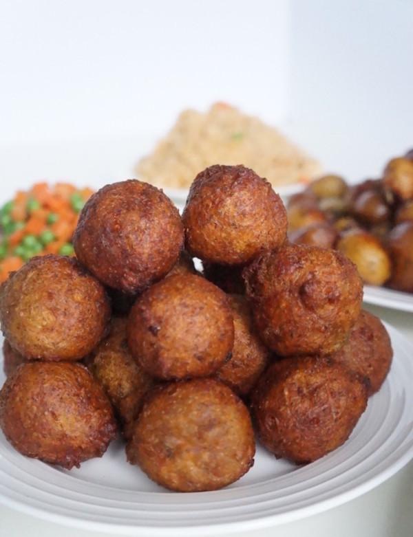 plantain - overripe - puff puff - dodo - balls